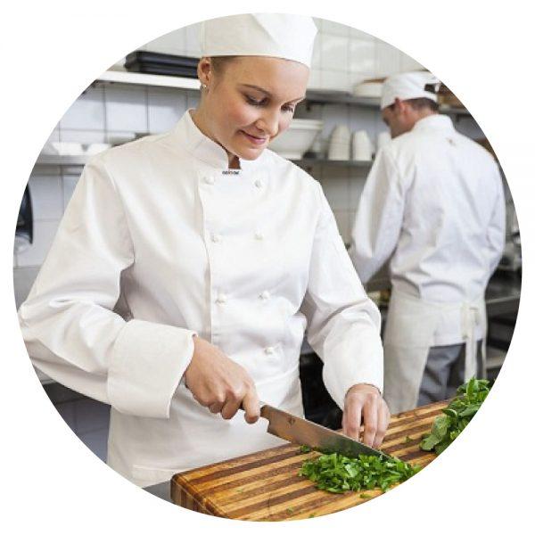 Phụ bếp làm việc tại Ontario