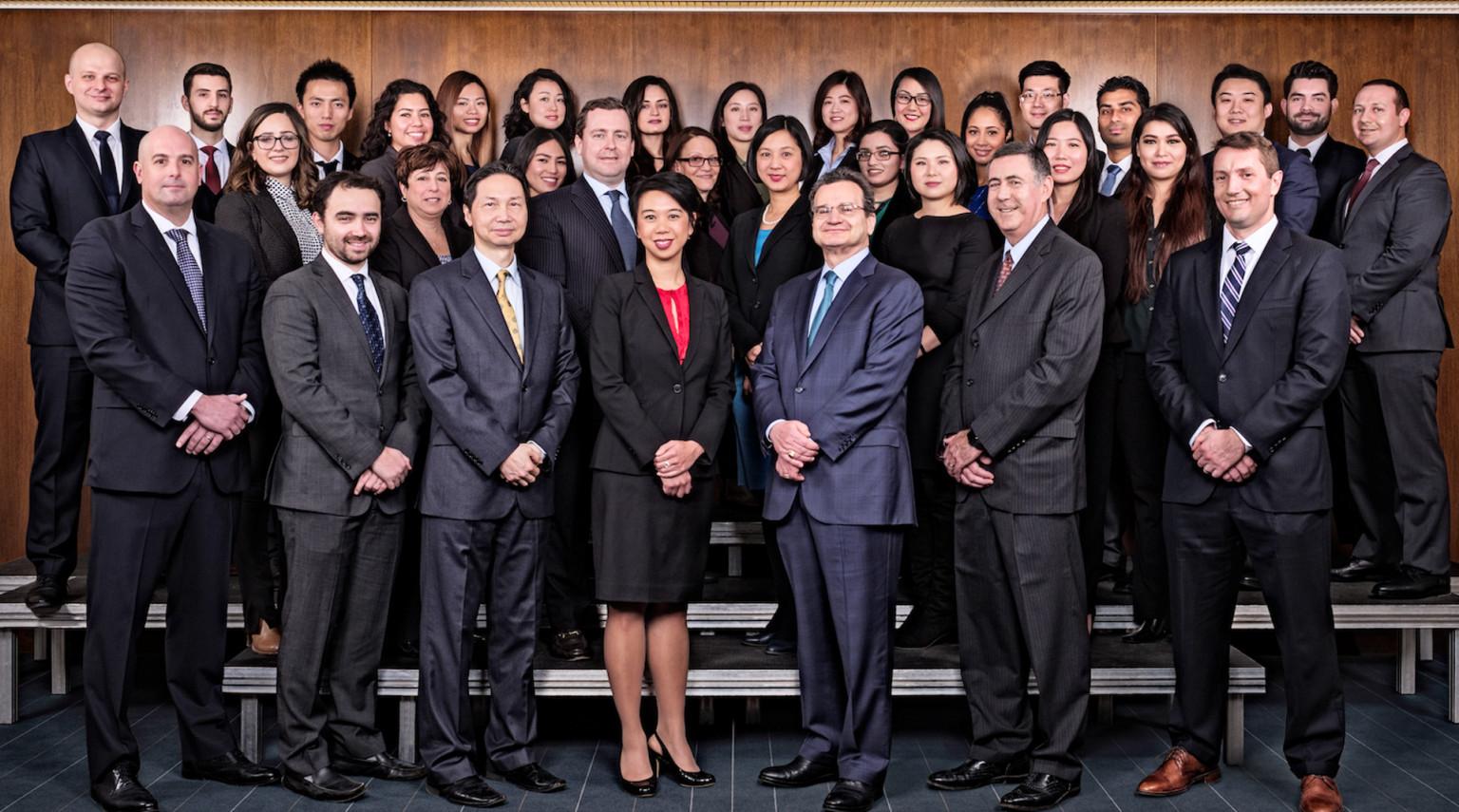 Đội ngũ trung tâm vùng CanAm Enterprises hơn 30 năm kinh nghiệm